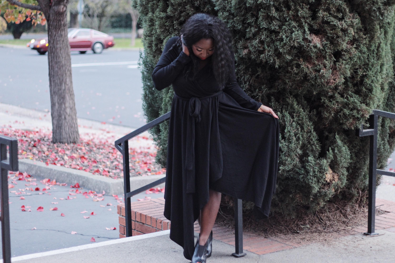 black-dress- women- fashion