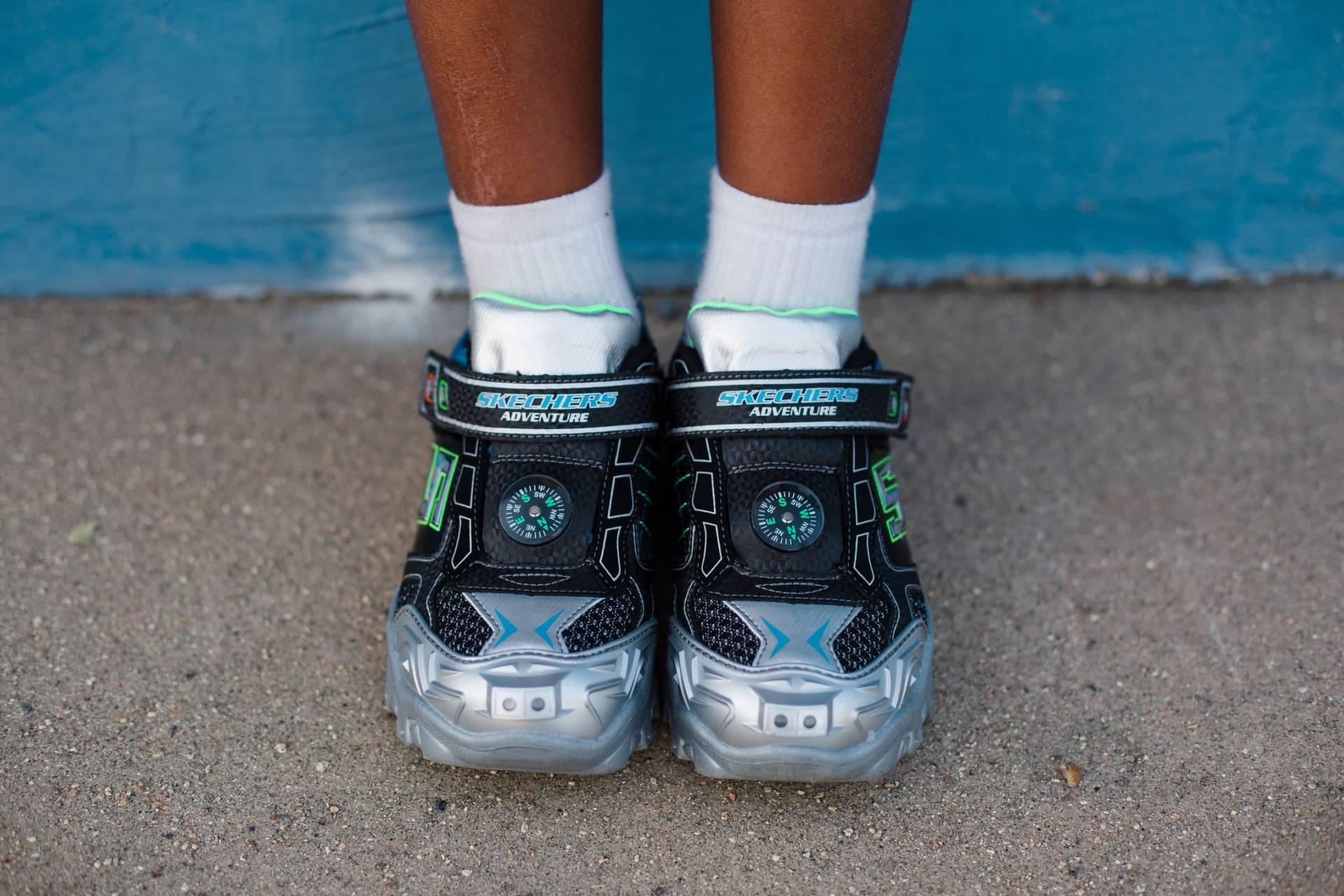 a94025165 ... Skechers light up - boys shoes ...