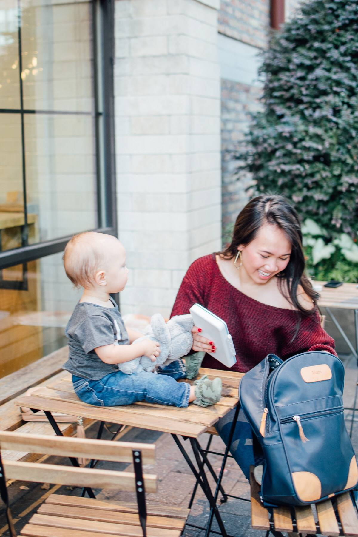 new-moms-series-whats-in-my-diaper-bag-feat-annie-mescall- preparation