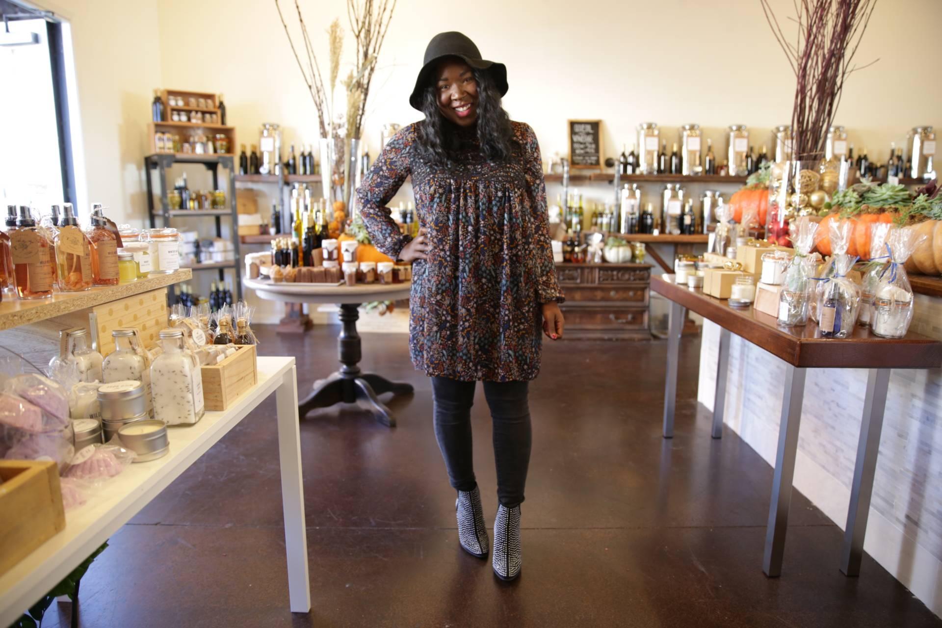 fashion-blogger-closet-sale-teaoxics-re-cap- Ruthie