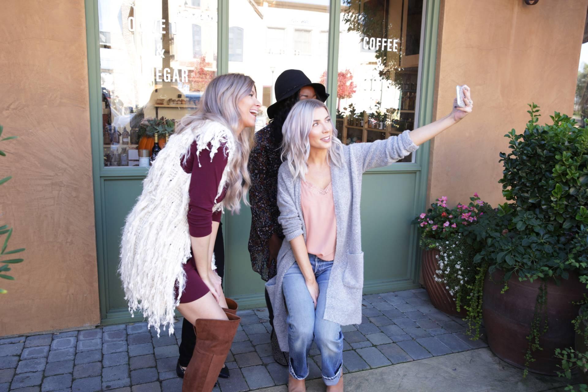 fashion-blogger-closet-sale-teaoxics-re-cap- blog