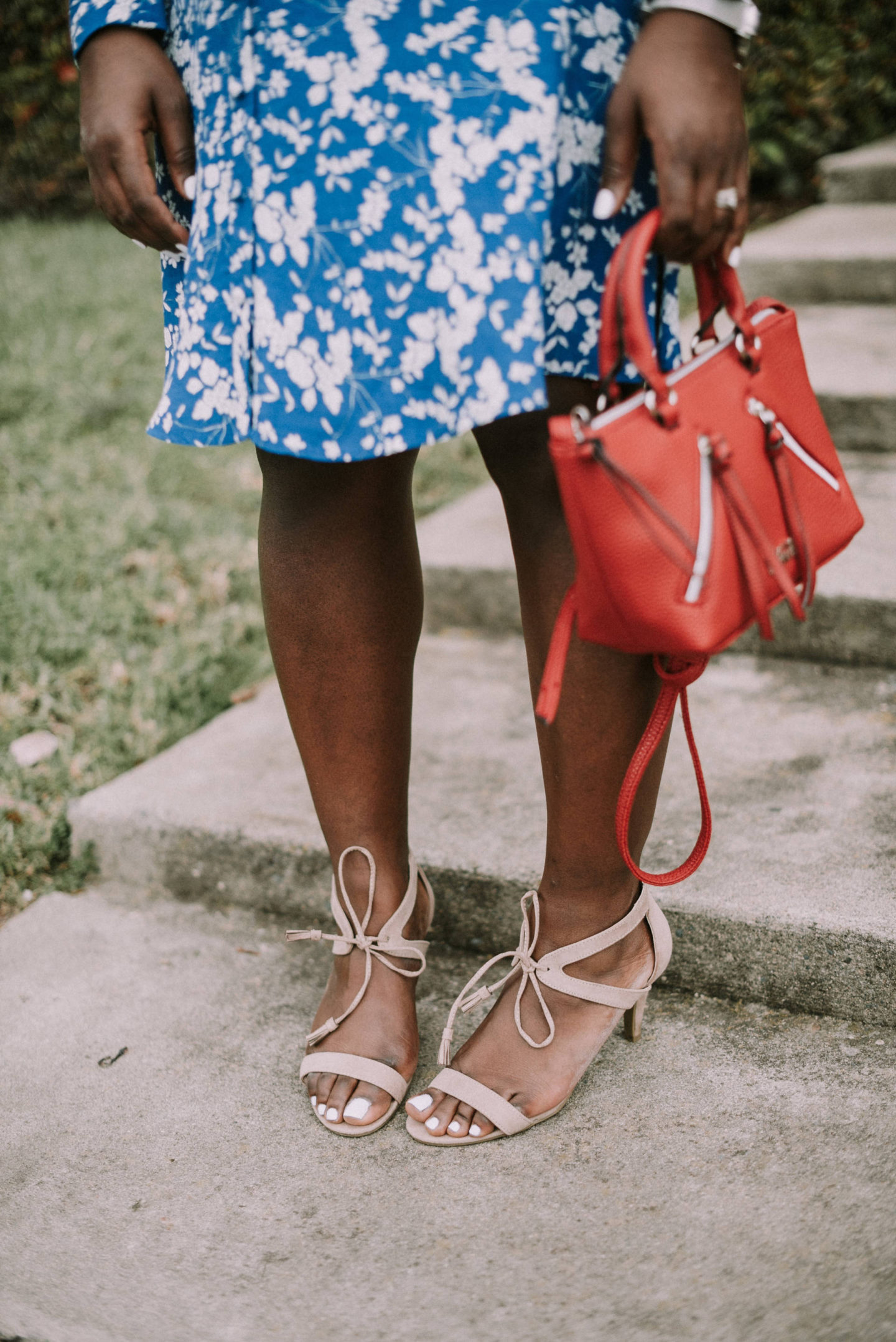 bring-on-spring-with-shoe-carnival- details