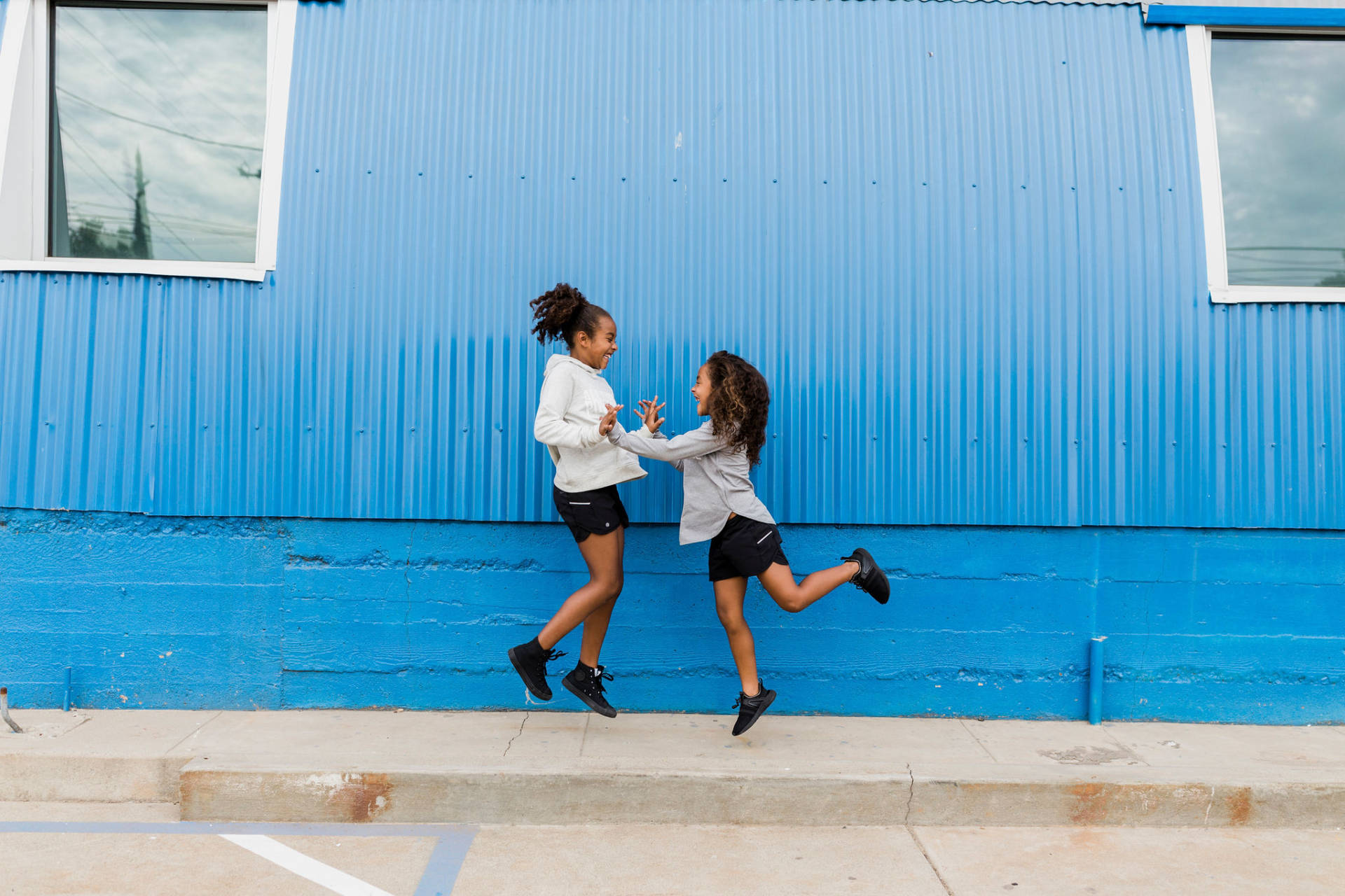 Today is the International Day of the Girl and we are so excited to celebrate with Athleta! Athleta is bringing together girls from all around the country to encourage them tofind their voices, and then use them.